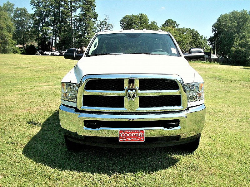 2017 Ram 3500 Regular Cab DRW, Cab Chassis #719550 - photo 25