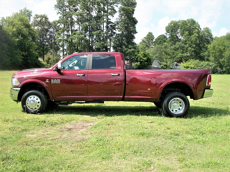 2017 Ram 3500 Crew Cab DRW 4x4, Pickup #729957 - photo 21