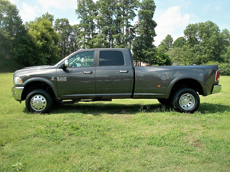 2017 Ram 3500 Crew Cab DRW 4x4 Pickup #729958 - photo 21