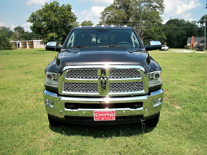 2017 Ram 3500 Crew Cab DRW 4x4 Pickup #729958 - photo 41