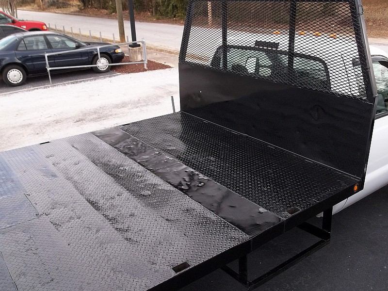 2000 F-450 Regular Cab DRW, Platform Body #76845 - photo 5