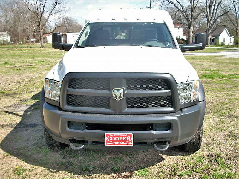 2017 Ram 5500 Regular Cab DRW, Cab Chassis #773512 - photo 33