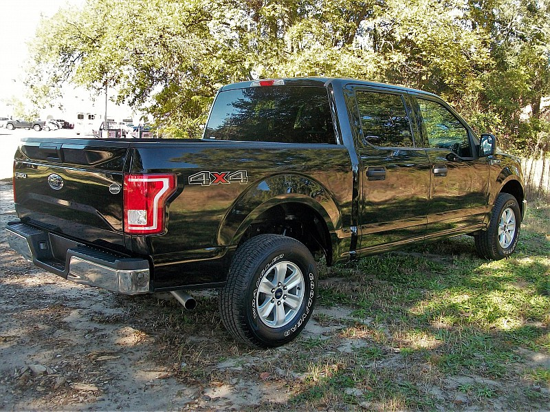 2017 F-150 Crew Cab 4x4 Pickup #87423 - photo 3