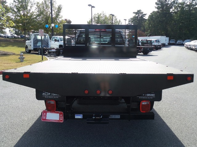 2016 Silverado 3500 Regular Cab 4x4, Commercial Truck & Van Equipment Platform Body #1161268 - photo 2