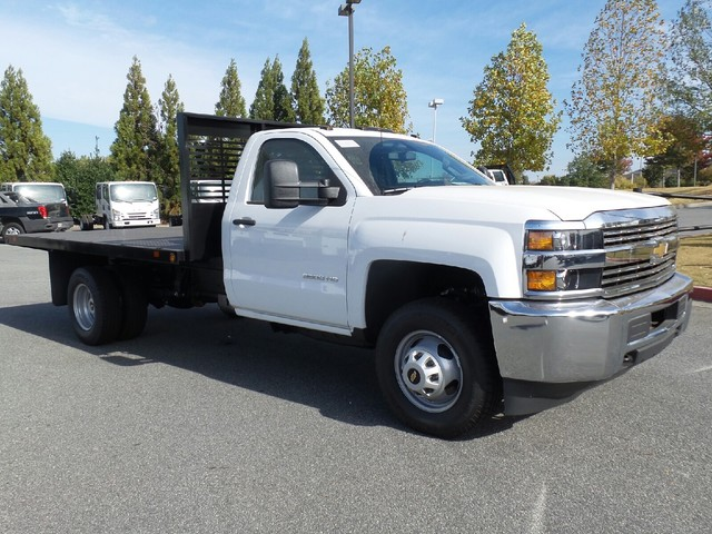 2016 Silverado 3500 Regular Cab 4x4, Commercial Truck & Van Equipment Platform Body #1161268 - photo 3