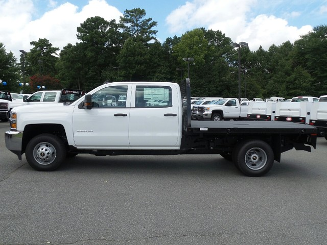 2016 Silverado 3500 Crew Cab 4x4, Knapheide Platform Body #1161334 - photo 3