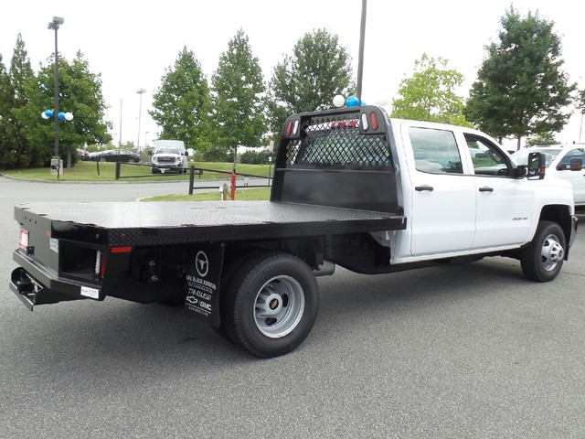 2016 Silverado 3500 Crew Cab 4x4, Knapheide Platform Body #1161334 - photo 8