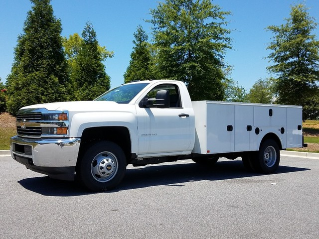 2016 Silverado 3500 Regular Cab, Service Body #1161431 - photo 3