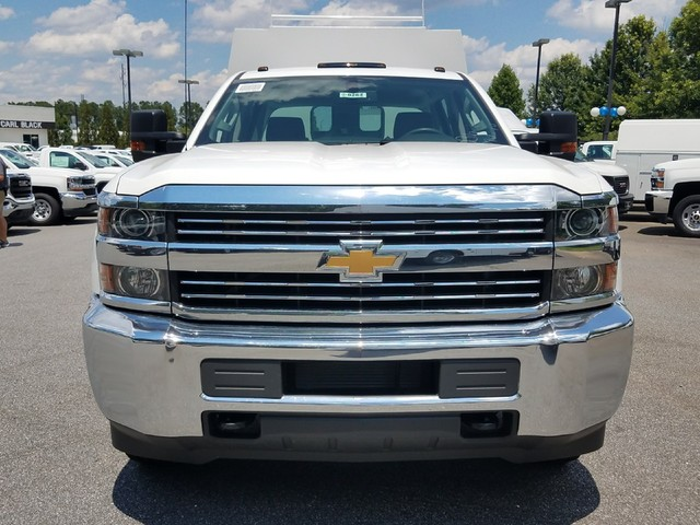 2016 Silverado 3500 Crew Cab 4x4, Reading Service Utility Van #1170262 - photo 9