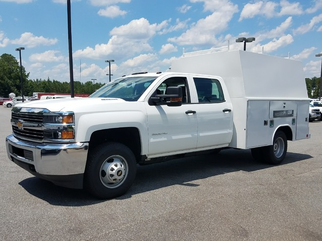 2016 Silverado 3500 Crew Cab 4x4, Reading Service Utility Van #1170262 - photo 6