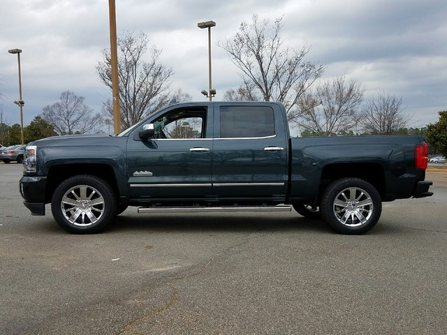 2017 Silverado 1500 Crew Cab, Pickup #1170484 - photo 4