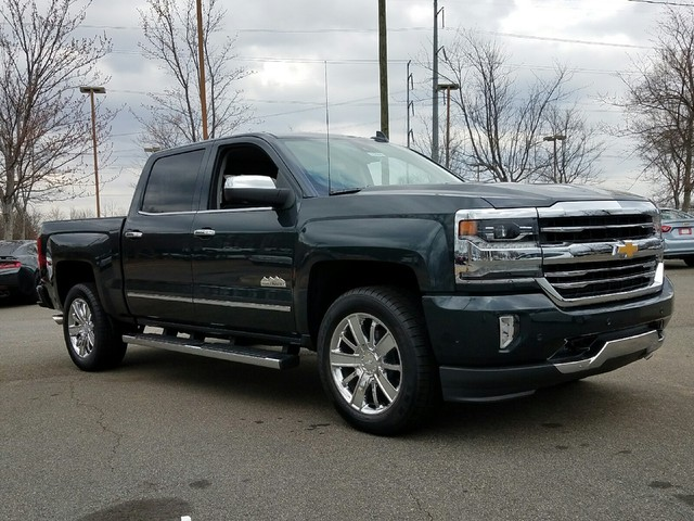 2017 Silverado 1500 Crew Cab, Pickup #1170484 - photo 10