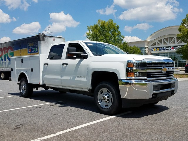 2017 Silverado 2500 Crew Cab, Service Body #1170619 - photo 10