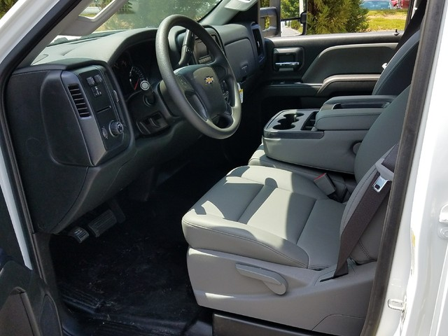 2017 Silverado 2500 Crew Cab, Service Body #1170619 - photo 4