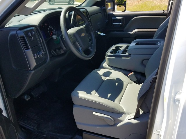 2017 Silverado 2500 Crew Cab, Service Body #1170667 - photo 5