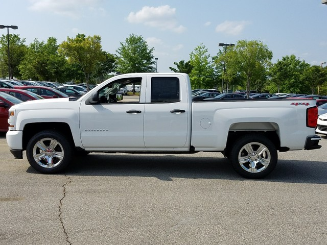 2017 Silverado 1500 Double Cab 4x4, Pickup #1170733 - photo 3