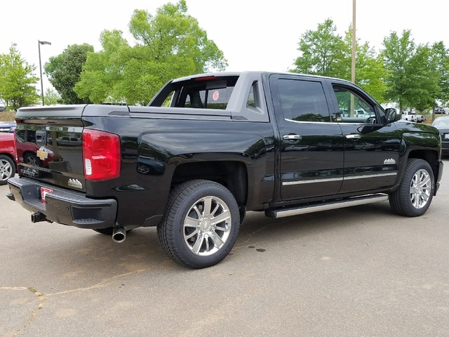 2017 Silverado 1500 Crew Cab 4x4, Pickup #1170810 - photo 2