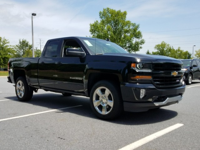 2017 Silverado 1500 Double Cab 4x4,  Pickup #1171211 - photo 10