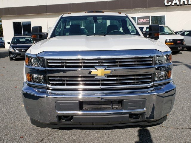 2017 Silverado 3500 Regular Cab DRW 4x4,  Cab Chassis #1171393 - photo 6