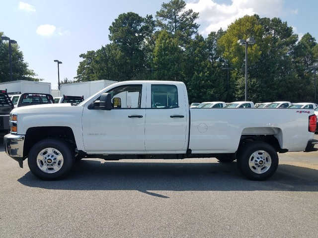 2017 Silverado 2500 Double Cab 4x4 Pickup #1171396 - photo 2