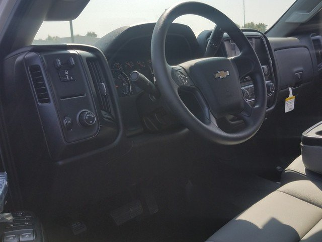 2017 Silverado 2500 Regular Cab 4x2,  Reading Classic II Steel Service Body #1171435 - photo 4