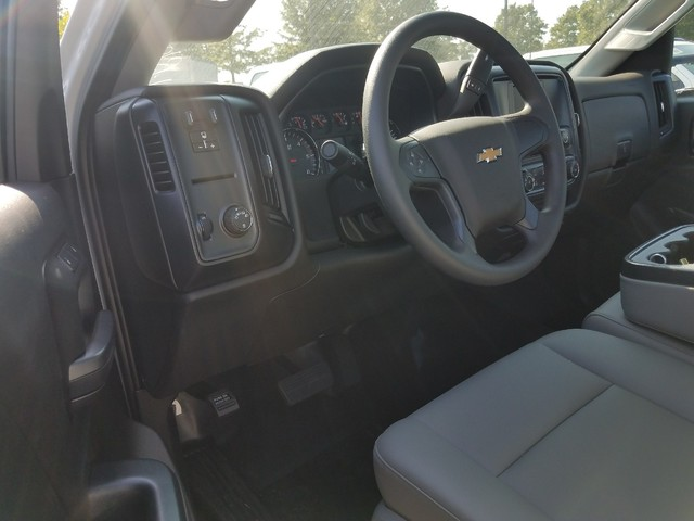 2017 Silverado 3500 Regular Cab DRW Service Body #1171471 - photo 7