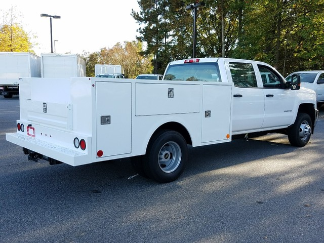 2017 Silverado 3500 Crew Cab DRW, Warner Service Body #1171476 - photo 2