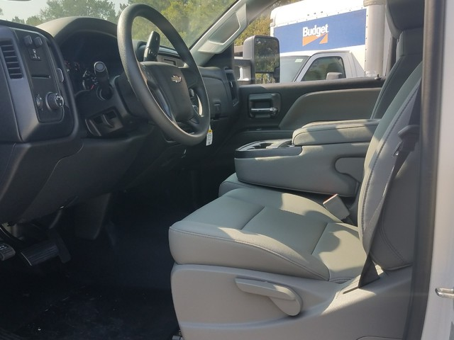 2017 Silverado 2500 Regular Cab, Warner Service Body #1171488 - photo 3