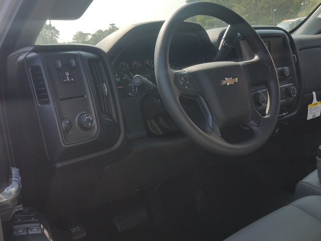 2017 Silverado 2500 Regular Cab, Warner Service Body #1171488 - photo 4