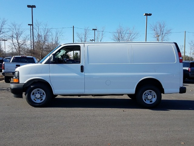 2017 Express 2500 Cargo Van #1171536 - photo 5