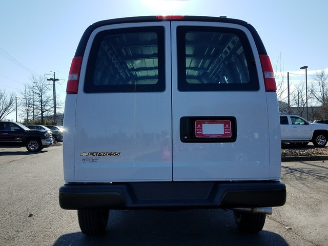 2017 Express 2500 Cargo Van #1171536 - photo 8