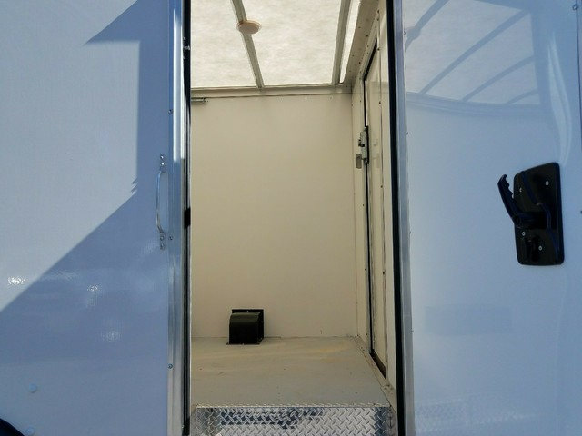 2017 Express 3500, Rockport Cutaway Van #1171544 - photo 7
