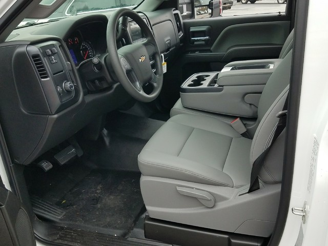 2018 Silverado 2500 Regular Cab, Reading SL Service Body #1180096 - photo 4
