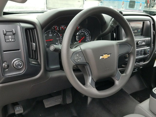 2018 Silverado 2500 Regular Cab, Reading Service Body #1180096 - photo 5