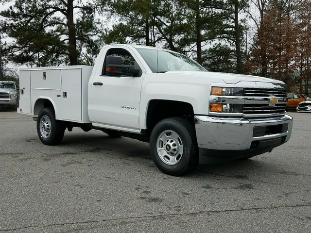 2018 Silverado 2500 Regular Cab, Reading Service Body #1180096 - photo 8