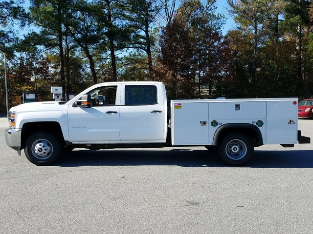 2018 Silverado 3500 Crew Cab DRW 4x4, Monroe Service Body #1180101 - photo 3