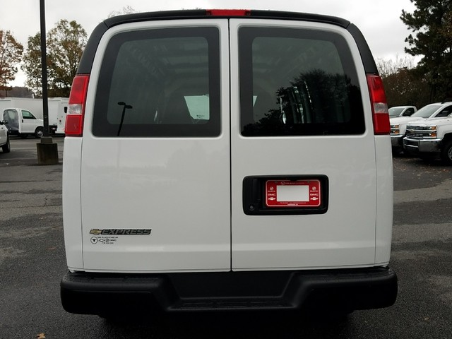 2017 Express 2500 Cargo Van #1180188 - photo 7
