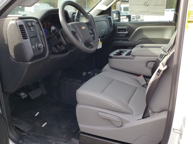 2018 Silverado 3500 Regular Cab DRW 4x4,  Monroe Platform Body #1180911 - photo 3
