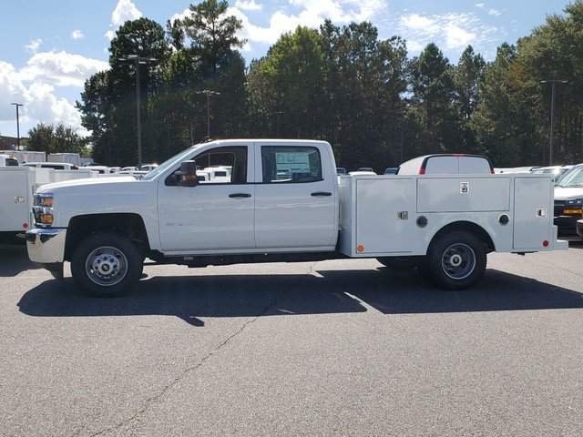 2018 Silverado 3500 Crew Cab DRW 4x4,  Warner Service Body #1180988 - photo 2