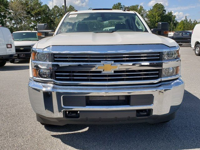 2018 Silverado 3500 Crew Cab DRW 4x4,  Warner Service Body #1180988 - photo 7