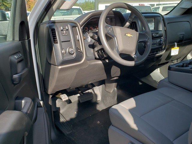 2018 Silverado 3500 Regular Cab DRW 4x2,  Reading SL Service Body #1181094 - photo 4