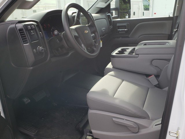 2018 Silverado 2500 Crew Cab 4x2,  Service Body #1181107 - photo 3