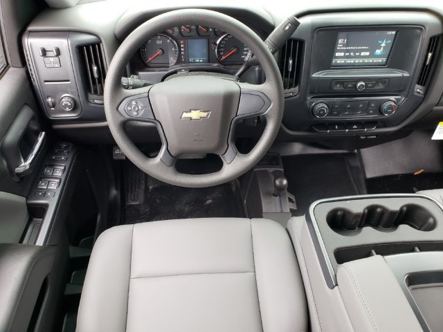 2019 Silverado 2500 Double Cab 4x4,  Reading Service Body #F1190337 - photo 6