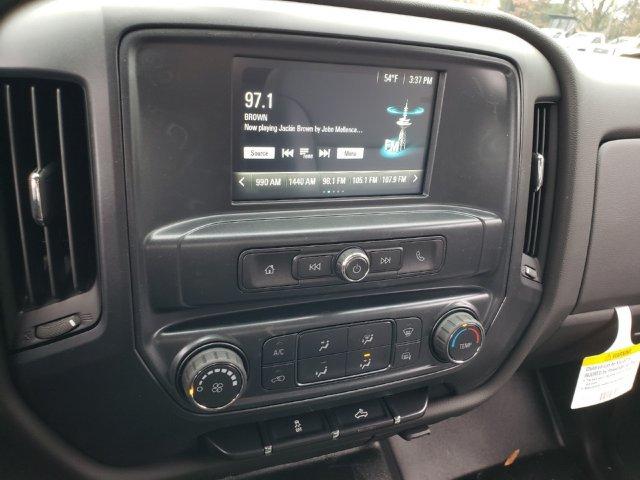 2019 Silverado 2500 Double Cab 4x4,  Reading Service Body #F1190337 - photo 9