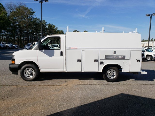 2019 Express 3500 4x2,  Reading Service Utility Van #F1190577 - photo 2