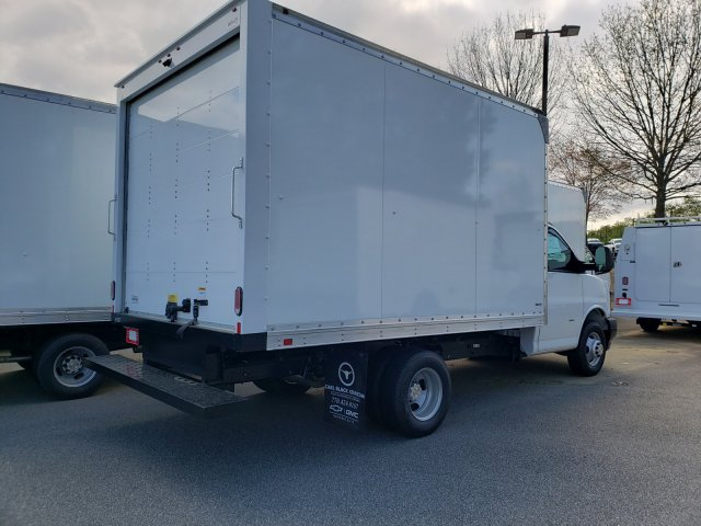 2019 Express 3500 4x2,  Supreme Iner-City Cutaway Van #F1190840 - photo 4