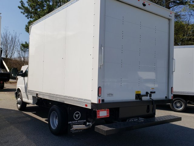 2019 Express 3500 4x2,  Supreme Cutaway Van #F1190880 - photo 1