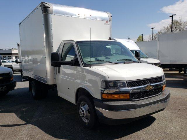 2019 Express 3500 4x2,  Supreme Iner-City Cutaway Van #F1190904 - photo 7