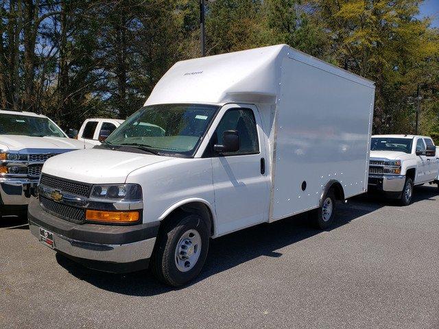 2019 Express 3500 4x2,  Rockport Cutaway Van #F1190930 - photo 1