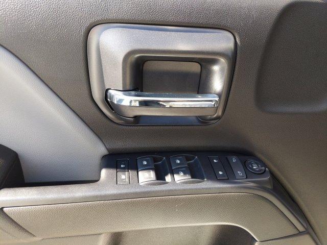 2019 Silverado 2500 Double Cab 4x2, Reading SL Service Body #F1191530 - photo 12
